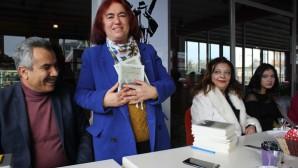 """FATMA ARSLAN'DAN İLK ŞİİR KİTABI: """"BENİM DÜNYAM"""""""