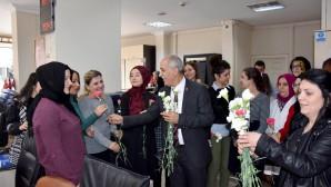 Başkan Aydın'dan 8 Mart sürprizi
