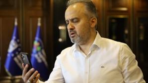 Başkan Aktaş, tüm Türkiye'yi ağlatan Gülsüm Teyze'ye moral verdi