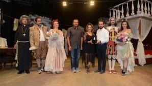 Festivalde tiyatro keyfi
